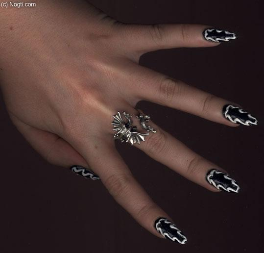 Рисунки на ногтях ангел